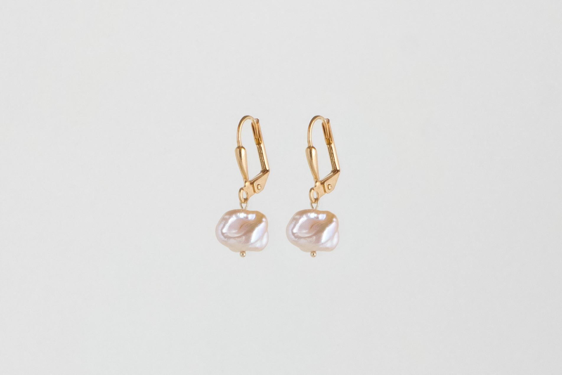 Julia Otilia-Raw pearl earrings-39.95 Euro